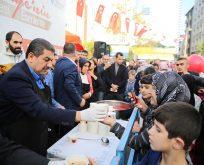 Türkiye'nin aşuresi Esenler'de pişti