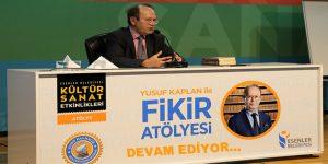 Gazeteci Yusuf Kaplan, Esenlerlilerle buluştu