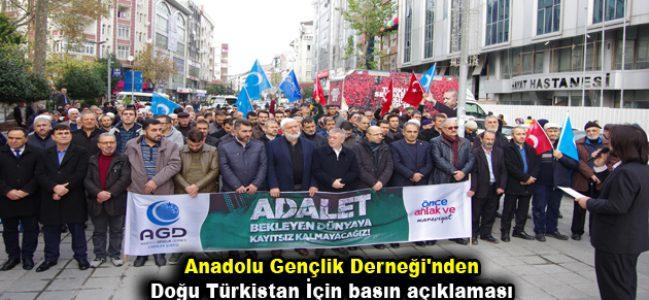 Anadolu Gençlik Derneği'nden Doğu Türkistan İçin basın açıklaması