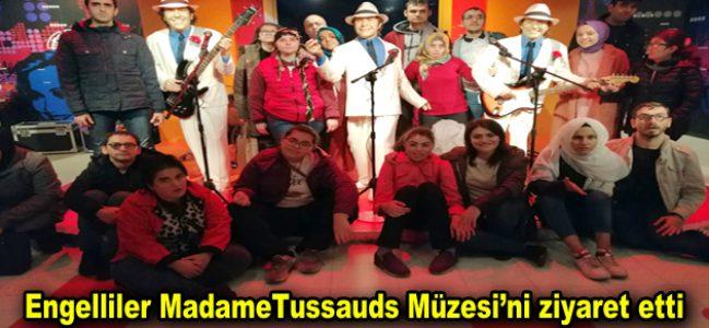 Engelliler MadameTussauds Müzesi'ni ziyaret etti