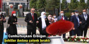 Cumhurbaşkanı Erdoğan şehitler anıtına çelenk bıraktı